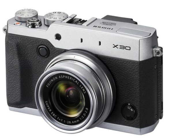 "Fuji X30 Digital Camera 4xOptical Zoom 12MP X-Trans CMOS II 2.8"" LCD EVF Silver"